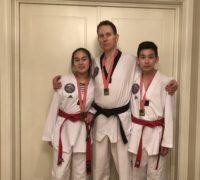 Familien Unes med 3 medaljer ØC2.